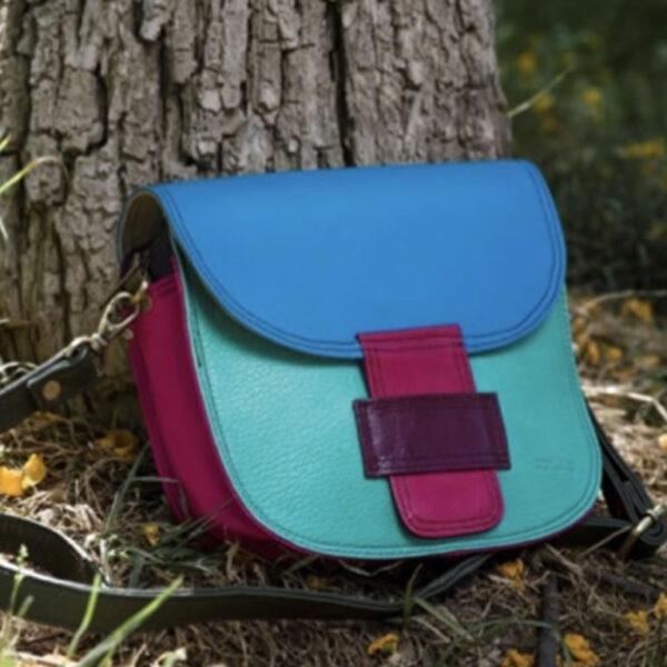 Handbags & Purses